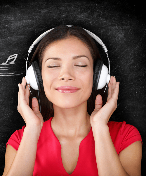 9 Podcasts all bloggers should be listening to | Oh, She Blogs!