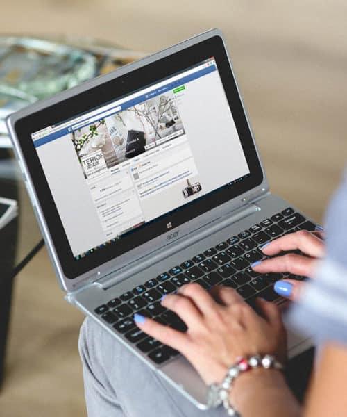 the top 3 ways bloggers make money