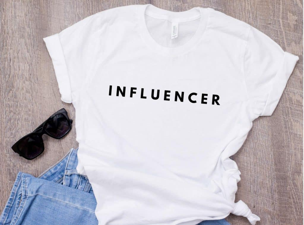 Gift ideas for bloggers: Influencer Tee